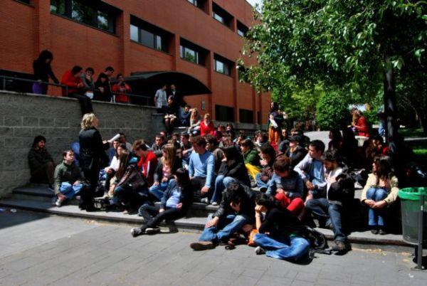 alumnos de la uc3m en las clases populares