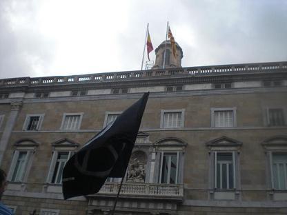 Barcelona. Fotos. Concentración libertad Amadeu Casellas. CNT-AIT