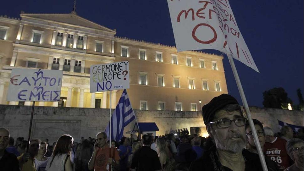 En Grecia y en los demás pueblos: El Gran No